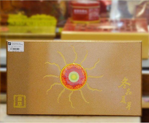 Mặt trước hộp đông trùng hạ thảo tự nhiên loại 5gr/hộp
